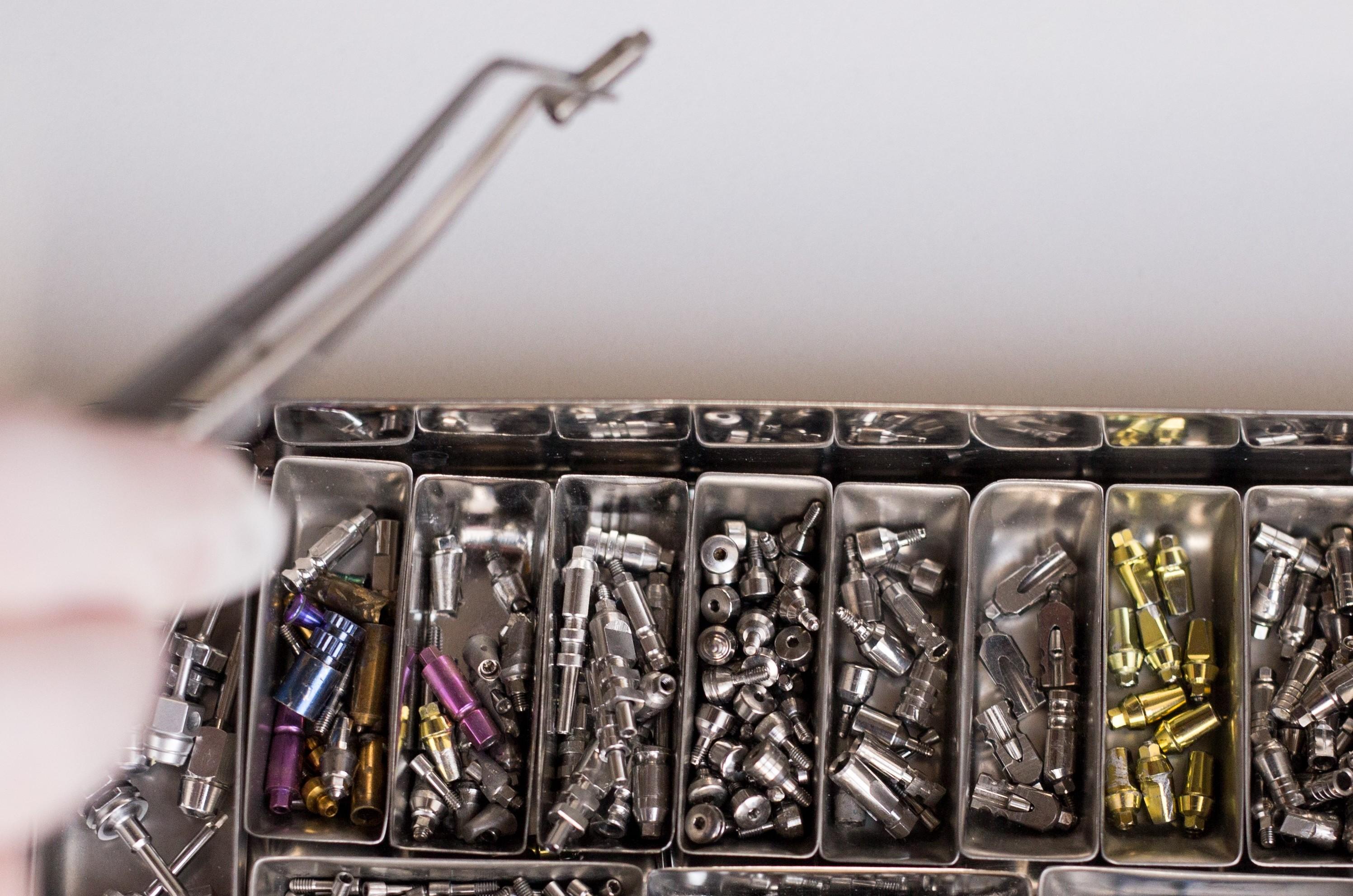 Dental Implant - All-on-4